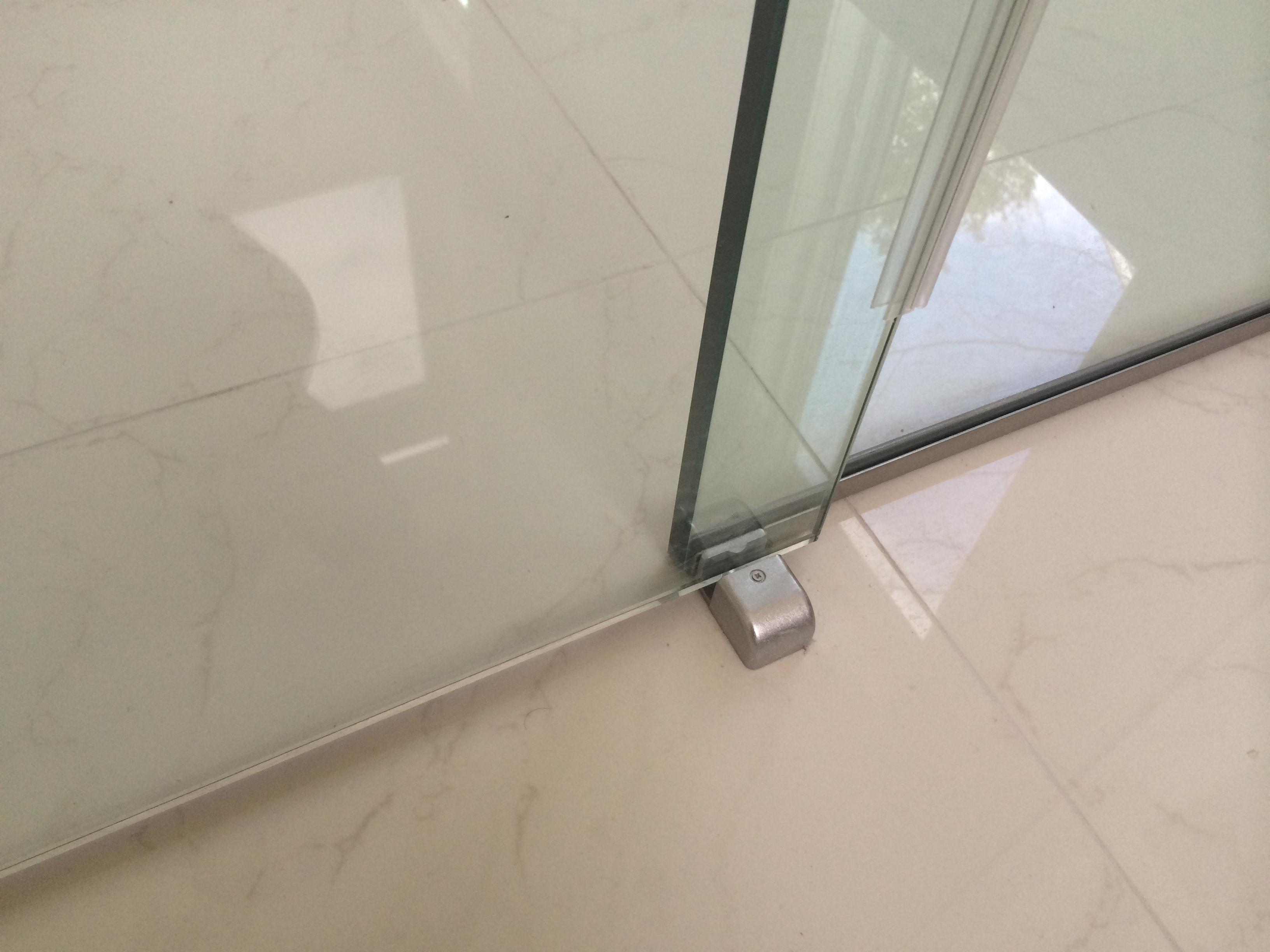 Top Mount Sliding Door Hardware